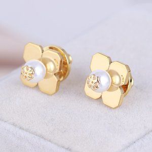 Tory Burch Pearl Fashion Clover Gold Stud Earrings